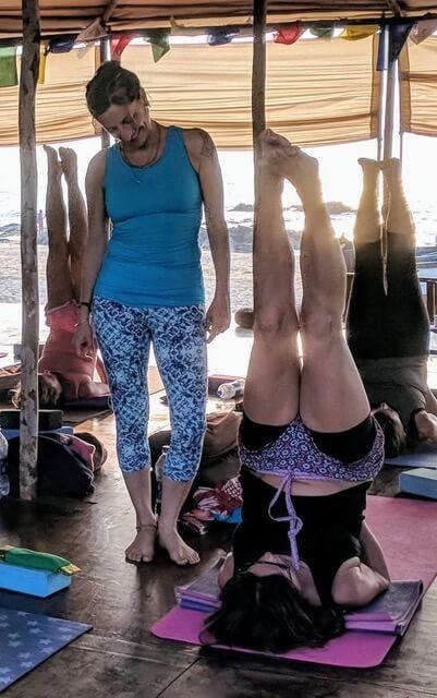 dina-cohen-yoga-retreat-goa-yoga2