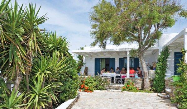 yoga-holidays-greece-room-exterior