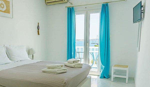 yoga-holidays-greece-room1