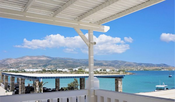 yoga-holidays-greece-shala1